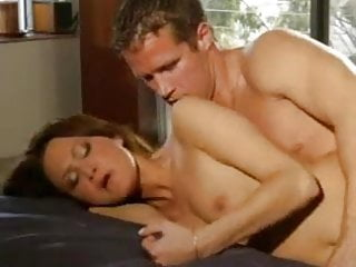 Twin sisters fucking each others pussy