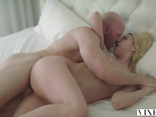 VIXEN Kenna James Has Unbelievable Passionate Sex