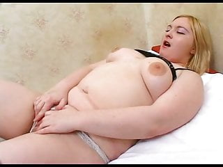 Cute hot fat chubby young girl getting wet creamy pussy licked