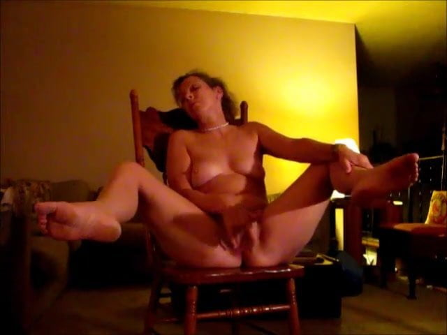 едим оргазм с дрожью у моей жены видео рабочем месте