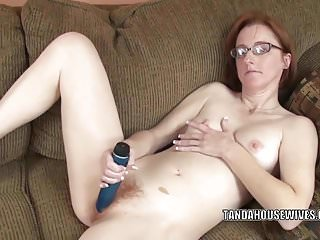Redhead MILF Layla Redd fucks her mature twat with a toy