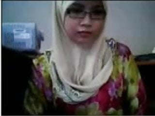 Download video bokep malay- awek tudung depan cam Mp4 terbaru