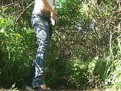 Woman pee outside