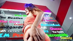 Thick cock tranny Dayan makes her debut