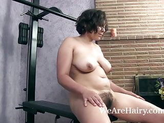 Download video bokep Francesca Z does a sexy and naked workout Mp4 terbaru