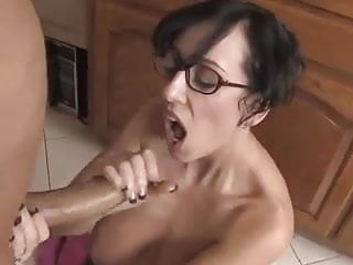 Mature with nice udders gives a handjob