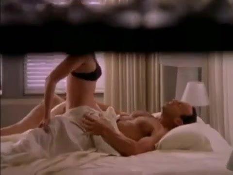 Candid Nude Voyeur Embarrassed Peeing Pussy