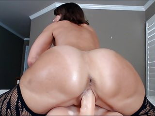 Cum Close Up Mature Woman Playing With Her Own Pussy