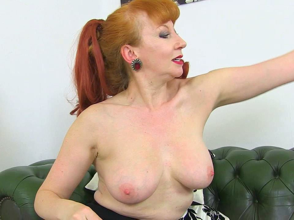 Redhead pencil skirt gallery