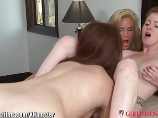 Diamond Foxxx and Young Lebians 3Way