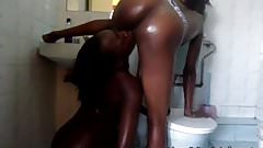 2 Hot African babes fuck in the shower