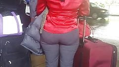 Candid Haitian booty at Airport 1