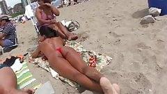 Hermosa Morocha Voyeur Playa