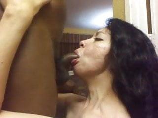 Hungry Milf Sucking Dick Swallowing Bbc Cum