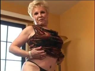 Mrs Jewell pompino