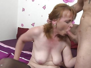 Mother Gives Son Great Blowjob And Warm Pussy