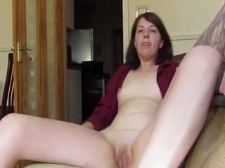 Her Teen Pussy gets so Wet