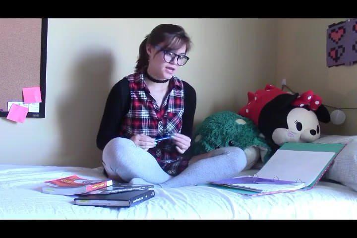 Эротика с игрушками в онлайн-видеочате