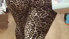 Shopping Jiggly Latina