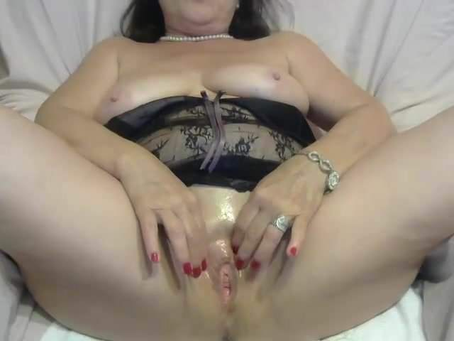 Free mature raw pussy webcams