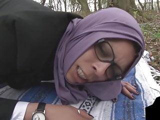 Download video bokep beurette jihab Mp4 terbaru