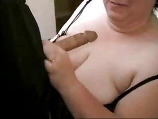 Amateur BBW banging a cock