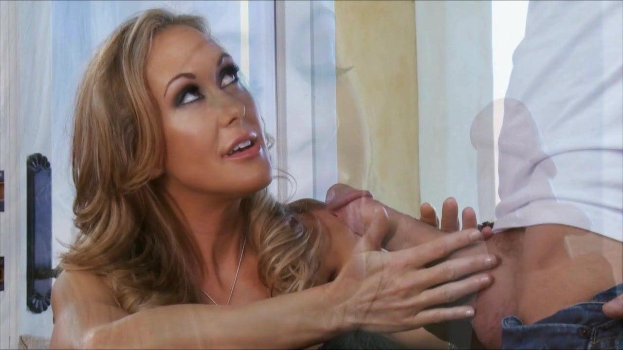 Brandi Love Sexy Lady Dreaming Of A man