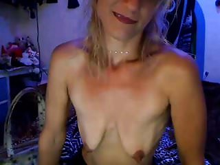 girl with patethic empty saggy tits insults herself (part 1)