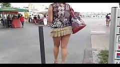 Miss Flashing59 se balade en ville
