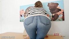 Alyce Anderson spreads her long legs wide open