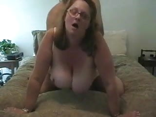 Download video bokep Wife with incredibly huge boobs sucks the dick and fucking. Mp4 terbaru