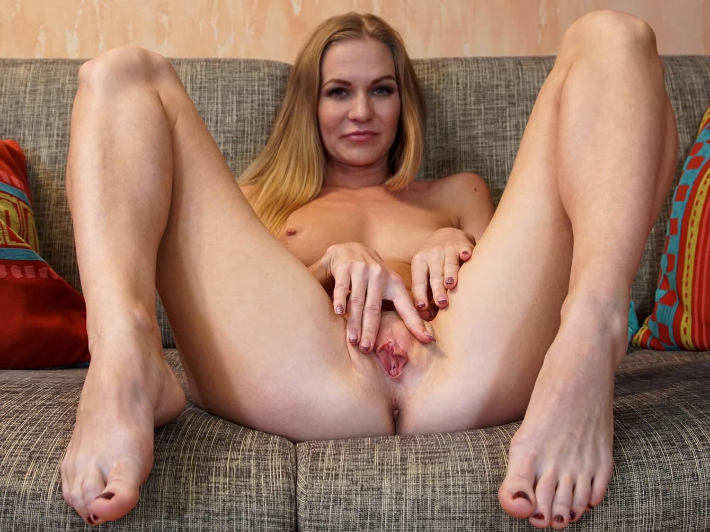 Hot Milf Self Pleasure, Free Russian Hd Porn D8 Xhamster-8965
