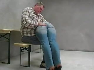 Spanked over wifes knee - A good spanking over his knee