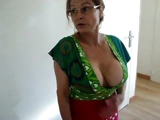 Apologise, mature downblouse cleavage see thru amateurs agree, very