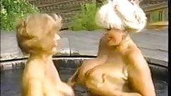 Classic Scene - Classic Ladies