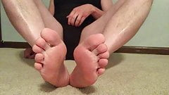 Master GHZ - Sissy Cassie - Black Leotard - Feet
