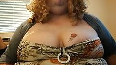bbw shemale lola shakes her huge tits on webcam