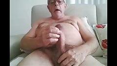 Sexy Daddy cums on cam