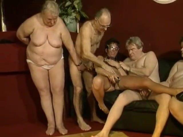 Zreli swinger party porno