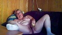 Really pervert busty granny !