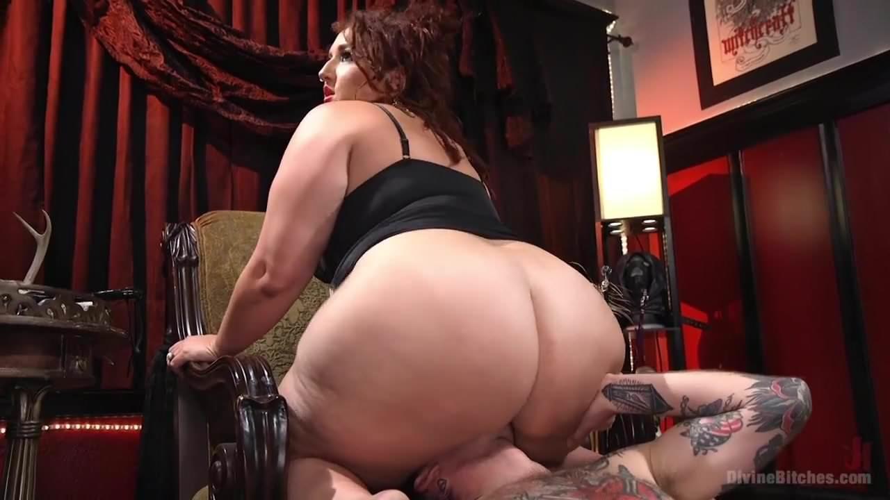 Wife sucking huge black cock