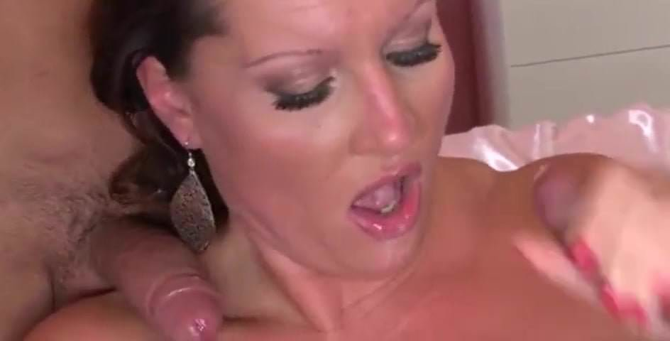 Mature knockers anal