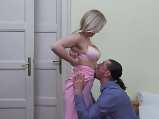 Twink suck boner - Mature wife suck and fuck big boner
