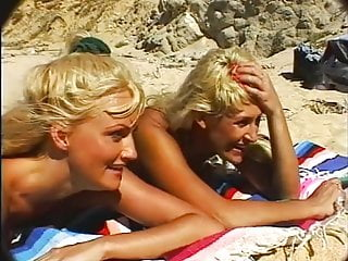 Stacy Valentine - Bikini Beach #4 (1996)