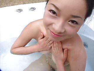 Chinese Acrobatic Girl - Keke (Cocoa)