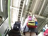 voyeur Japanese teen girls upskirt 3