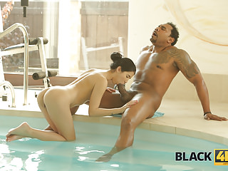 BLACK4K. Sex with Swimming Coach!