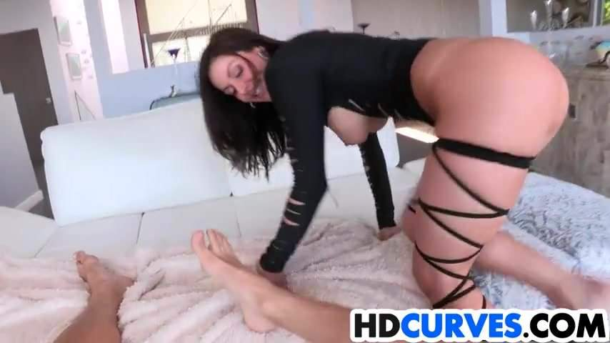 Kendra lust lust at first sight