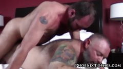 Macho bear daddy bareback pounding big gray bear