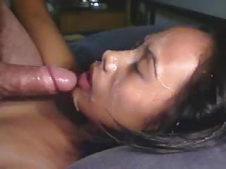 indonesian girl sucking small dick and eat the cum